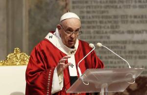 papa-francisco-celebra-missa-no-vaticano
